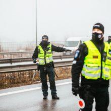 Policija postų vietų nebeskelbs: vairuotojai gali būti stabdomi bet kur ir bet kada