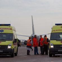 Išgąstis keleiviams: į Prahą skridusiame lėktuve užsidegė bagažo skyrius