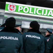 """Valdžia netesi pažadų policininkams: tūkstančio eurų """"į rankas"""" neuždirbs"""
