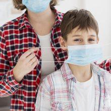 Izoliacijoje esančius darželinukus, pradinukus prižiūrintys tėvai gaus ligos išmokas