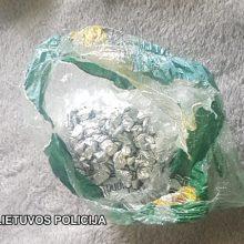 Sučiupo narkotikų prekeivius: kvaišalus platino nepilnametis ir neįgalusis