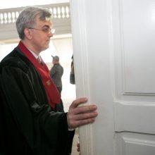 """MG Baltic"" bylos prokurorui J. Lauciui – du nušalinimai"