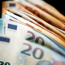 Palangiškė sukčiams atidavė 15 tūkst. eurų