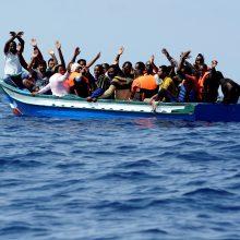 Prie Libijos krantų vėl atnaujintos migrantų gelbėjimo operacijos