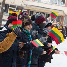 Parlamentarai siūlo tobulinti pilietinį ir patriotinį ugdymą mokyklose