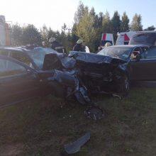 Per šiurpią avariją netoli Ukmergės buvo sužaloti net penki vaikai