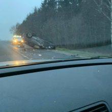 Į avariją pateko prezidento patarėjas J. V. Žukas: jis išvežtas į ligoninę