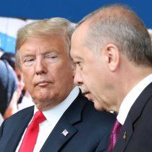D. Trumpas nustebino R. T. Erdoganą: parašė neįprastą laišką
