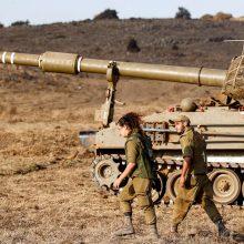 Izraelis smogė taikiniams pietų Sirijoje: viena raketa pataikė į mokyklą