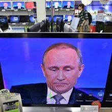 Lietuva svarsto sekti latvių sprendimu uždrausti rusų televizijos kanalus