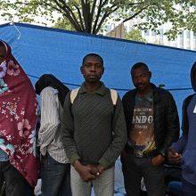 Į Lietuvą perkelti dar du migrantai, išgelbėti iš laivo Italijoje