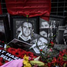 Turkijos spauda: Stambulo naktiniame klube šaudė uzbekų džihadistas