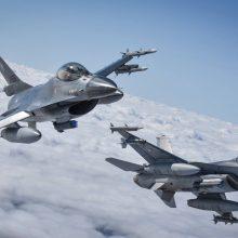 NATO naikintuvai du kartus buvo keliami lydėti Rusijos orlaivių