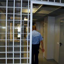 Teisingumo ministerija užsimojo sumažinti kalinių skaičių