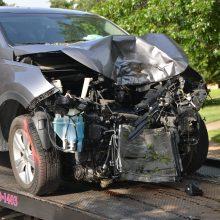 Kelyje Kaunas-Klaipėda žuvo jaunas vairuotojas: BMW rėžėsi į vilkiką