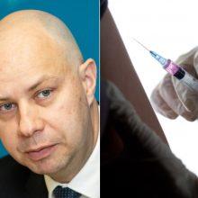 A. Veryga siekia įteisinti skiepus vaistinėse