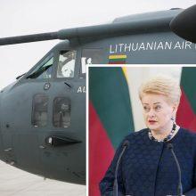 """Prezidentė neišskrido į Latviją, nes """"Spartanui"""" sugedo aukščio valdymo sistema"""