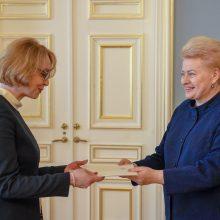 Darbą pradeda pirmoji Lietuvos ambasadorė EBPO L. Viltrakienė