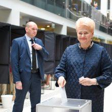 Balsavo D. Grybauskaitė: mums pasisekė dėl antrojo turo kandidatų