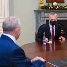 Prezidentas teigiamai įvertinto A. Anušauską: išskyrė patirtį ir patriotizmą