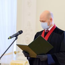 Prezidentas priėmė generalinio prokuroro pavaduotojų priesaikas