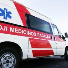 Vilniuje susidūrus autobusui ir šiukšliavežiui nukentėjo trys žmonės