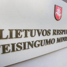 Siūlo įstatymu įtvirtinti, kaip partijoms skiriamos dotacijos rinkimų metais