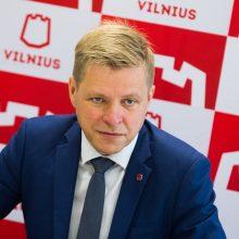 Vilniaus valdantieji siūlo nusipirkti padėkos lenteles ant suolelių