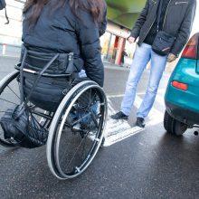 Auditas parodė: paslaugos neįgaliesiems Lietuvoje nėra pakankamai užtikrinamos