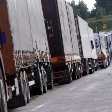 Seimas: Vyriausybė privalo gerinti tolimųjų reisų vairuotojų darbo sąlygas