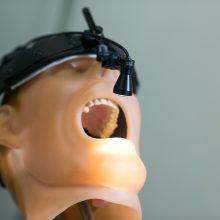 Odontologijos klinikos dirbo, kaip norėjo: paslaugos brangios, atlyginimai – juokingi