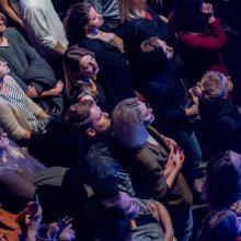 """Į vidinę kelionę """"Lofto"""" publiką kvietė melancholiškieji britai """"Fink"""""""