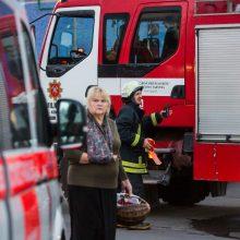 Širvintų rajone pranešta apie degantį butą