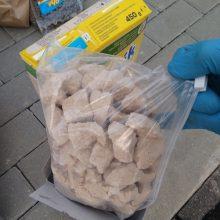 Vilniuje sulaikyti asmenys, gabenę kilogramus narkotiko – karfentanilio