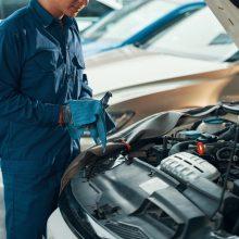 Kaip pasirūpinti automobiliu vasarą?