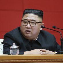 Šiaurės Korėjos lyderis pakeitė vyriausybės vadovą