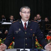 Ministrui kol kas nepavyko atleisti ugniagesių vado