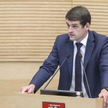 """R. Žemaitaitis: po rinkimų """"valstiečiai"""" gali sutilpti į vieną Seimo liftą"""