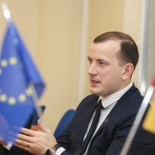 Pažymiais įvertino eurokomisarų darbą: V. Sinkevičiui – devynetas