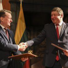 Lietuvos ir Lenkijos ministrai pasirašė bendradarbiavimo komunikatą