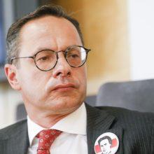 Seimo opozicija surinko parašus – nori atstatydinti Ž. Pavilionį