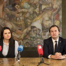 VU rektorius S. Cichanouskajai įteikė deklaraciją dėl pagalbos baltarusių studentams
