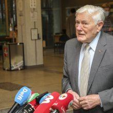 V. Adamkus: su dešiniųjų valdžia G. Nausėdai bus paprasčiau dirbti