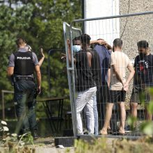 Ministrės sprendimas leido pasieniečiams naudoti psichinę ir fizinę prievartą