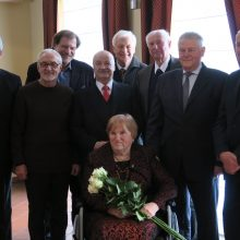 Pirmosios Vyriausybės nariai visada užsuka pas premjerę K.Prunskienę pasveikinti įsimintinomis progomis.