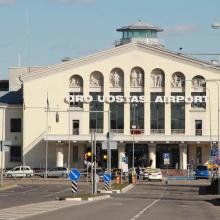 Ukrainietis namo neišskrido: koją pakišo suklastotas dokumentas