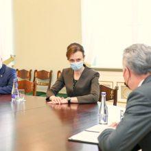 Seimo pirmininkė pataisą dėl merų rinkimų tikisi suderinti iki sesijos pabaigos