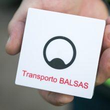 Regėjimo negalią turintiems viešojo transporto keleiviams – atnaujinta programėlė