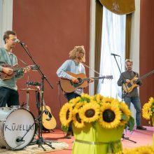 Vilnius vėl gali didžiuotis didžiausiu šimtukininkų būriu