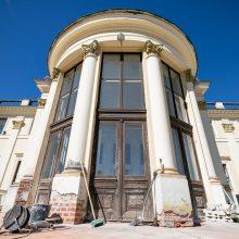 Atgimsta Trakų Vokės dvaras: stengiamasi atkurti visą šios vietos didybę